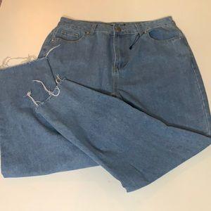 BooHoo Mom Blue Raw hem Jeans